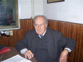 http://www.radio36.com.uy/imagenes/2009/08/13/Sarthou_13_agosto_2009_004.jpg